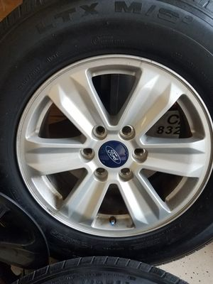 """Tire and rims 17"""" Ford f-150 for Sale in Houston, TX"""