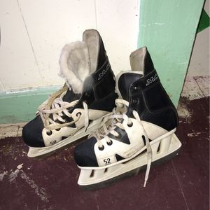 Ice Skates for Sale in Stonington, CT