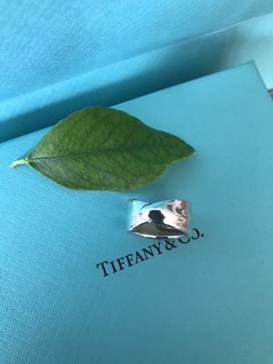 TIffany&CO Stunning rare piece size 4 1/2 100% authentic on your money back for Sale in Redlands, CA