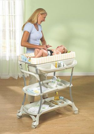 Bath and Changing Center. Baby Spa. Primo for Sale in Irvine, CA
