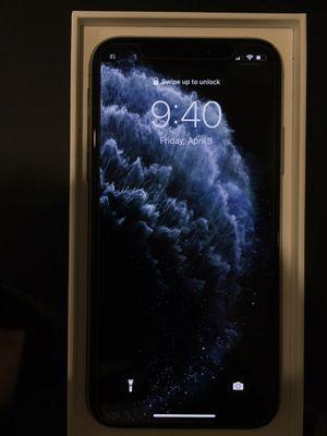 iPhone Xs 256GB Silver for Sale in Pomona, CA