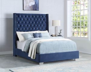 Queen-size blue tufted bed with mattress and free delivery for Sale in Irving, TX