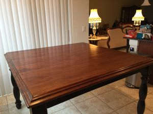 High Seated Kitchen Table with Built in Expandable Leaf & 4 Stools for Sale in Orlando, FL