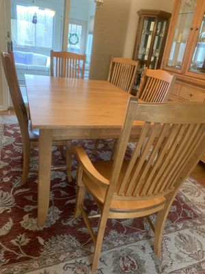 Solid birch Canadel dining room table for Sale in Columbia, NJ