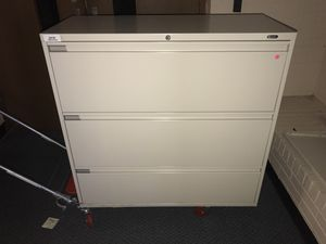 Filing cabinets metal for Sale in Cleveland, OH