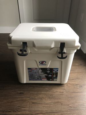 Halo TS-400 LIT cooler (Deep Eddy's special edition) for Sale in Nashville, TN