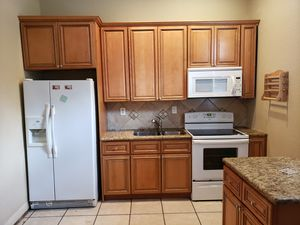 Entire kitchen cabinet set with counters, perfect for remodelers or home flippers for Sale in Tampa, FL