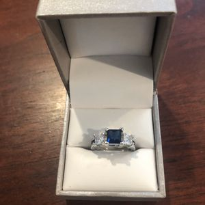 925 silver Blue sapphire women's ring size 7 for Sale in San Jose, CA