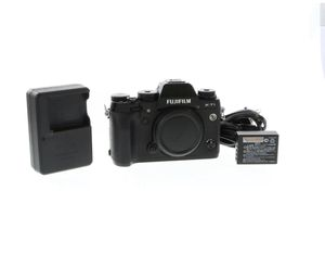Fujifilm x-t1 (body only) for Sale in Oakland, CA
