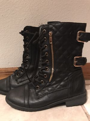Black boots. Size 6 for Sale in Spring Hill, FL