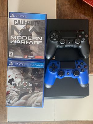 PlayStation 4 pro for Sale in Miami, FL