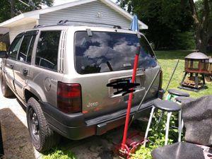 1997 Grand Cherokee Jeep for Sale in DeKalb, IL