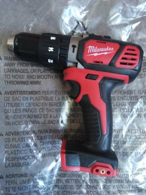Milwaukee New hammer drill M18: Nuevo, No Batería for Sale in Los Angeles, CA