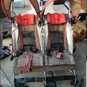 Jeep Stroller for Sale in Los Angeles, CA