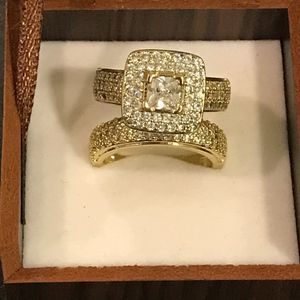 ✨🤩✨18K YELLOW GOLD✨ 🤩✨plated Ring Set💍💎 Highly Sparkling ✨ Multi BG Prince Cut for Sale in Houston, TX