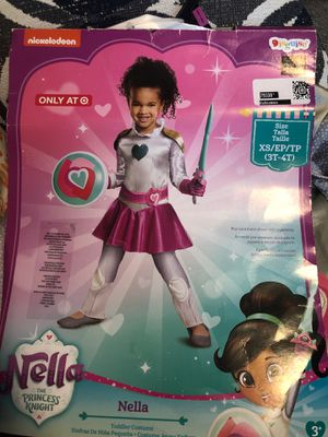 New Nella The Princess Knight Halloween Costume 3T/4T for Sale in Fontana, CA