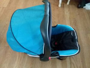 Graco Snugride Click Connect 35 Infant Car Seat with 2 bases for Sale in Richmond, VA