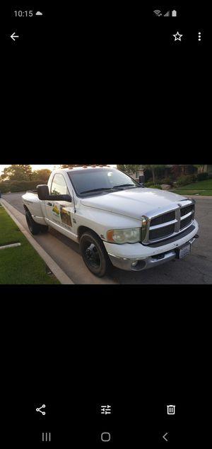 2003 Dodge diesel 3500 _5.9 motor for Sale in Fresno, CA