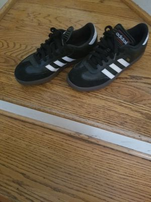 Boys Adidas gym shoes for Sale in Clinton Township, MI
