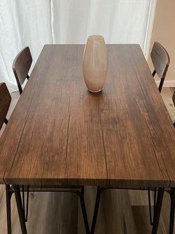 Dinning Table for Sale in Auburn,  WA