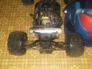 5th scale rc runs and drives for Sale, used for sale  Warren, MI