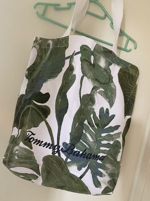 Tommy bahama tote bag new with tag for Sale in Los Angeles, CA