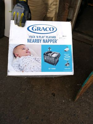NIB GRACO PAK N PLY WITH NAPPER for Sale in Portland, OR