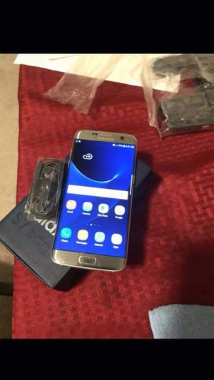 "Samsung S7 Edge 32GB excellent condition factory Unlocked ,aS liKE AlmoSt ""nEW"" for Sale in Springfield, VA"