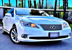 2010 Lexus V6 ES 350 excellent condition for Sale in Keedysville, MD