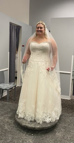 Ivory & Antique Rose Wedding Dress for Sale in Peoria, AZ