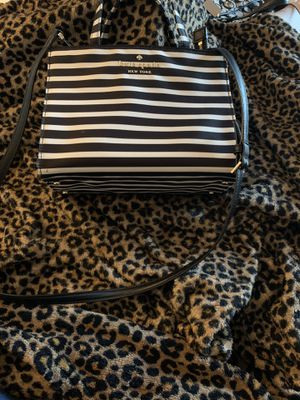 Kate spade Crossbody for Sale in Apple Valley, CA