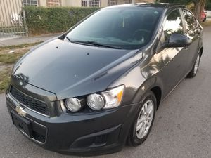 2014 Chevy sonic for Sale in Miami, FL