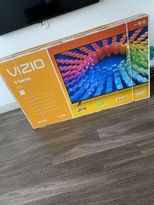 "Vizio V-Series 65"" 4K HDR Smart TV for Sale in Riverview, FL"