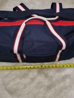 Tommy Hilfiger Duffle Gym Shoulder Bag Tote for Sale in Fort Lauderdale,  FL