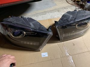 13-19 Ram 1500 Classic 4th Gen Projector headlights for Sale in Aurora, IL