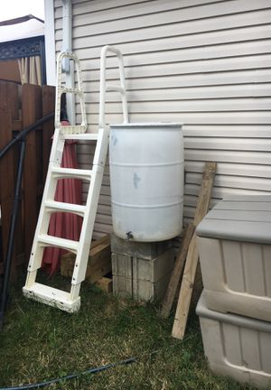 Rain barrel with hoses and Spicket.. FREE for Sale in Brunswick, OH