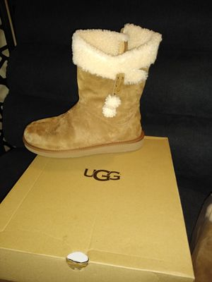 UGG ladies boots for Sale in Seattle, WA