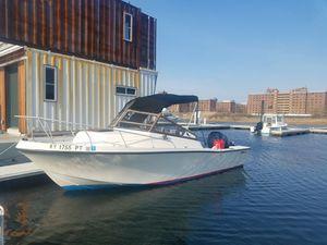 1985 Mako 228 and boat slip until November for Sale in New York, NY