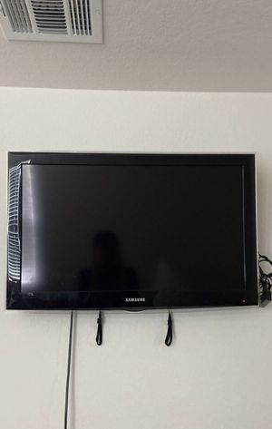 "32"" inch tv for Sale in Webberville, TX"