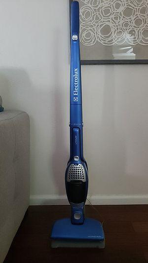 Cordless vacuum for Sale in Denver, CO