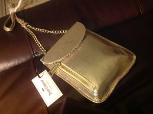 Juicy couture small purse shoulder strap gold new with tags for Sale in Pasco, WA