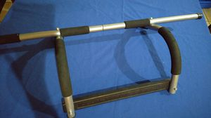 Door bar for chin curls for Sale in Glendale, AZ