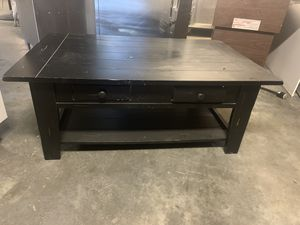 Black coffee table for Sale in Leominster, MA