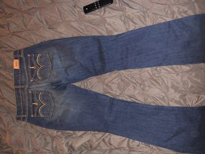 Womens size 7 low rise boot cut Levi's for Sale in Nashville, TN