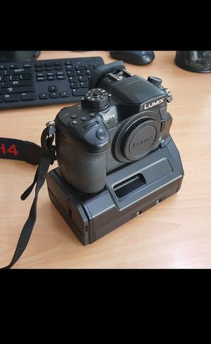 (Used) Panasonic Lumix DMC-GH4 Mirrorl for Sale in Dulles, VA