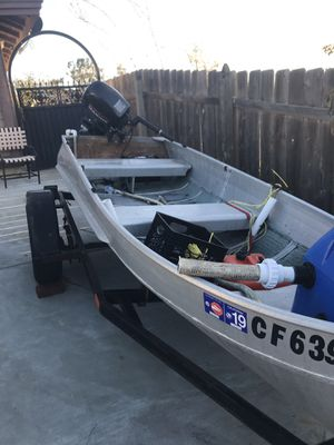 12 foot fishing boat for Sale in Cardiff, CA
