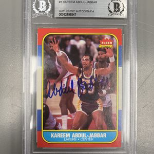 1986 fleer Kareem Autograph ! Bgs Authentic for Sale in Addison, IL