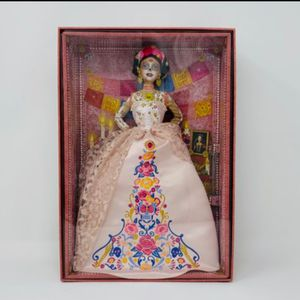 Barbie Signature 2020 Dia De Muertos - Collector's Edition for Sale in Queens, NY