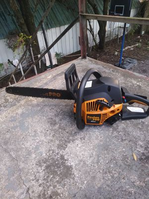 Poulan Pro chainsaw for Sale in Tampa, FL