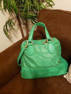 Women's green handbag for Sale in Woodlyn, PA